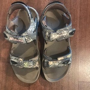 Camo and pink Columbia sandals